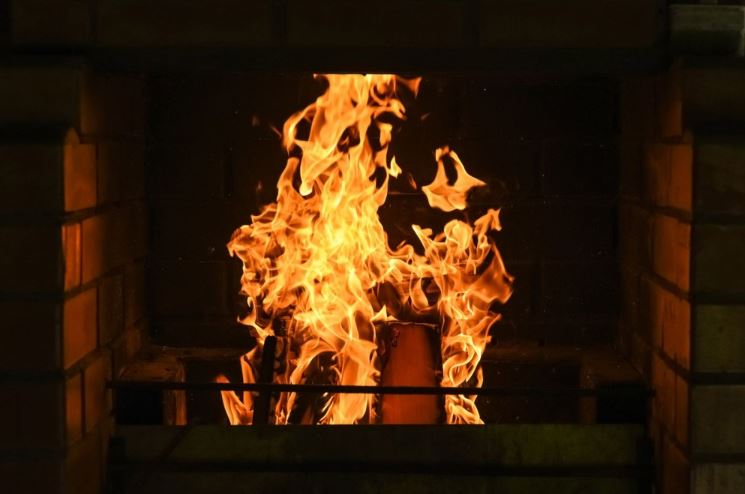 Fototapety kominek – symbol ciepła i ogniska domowego