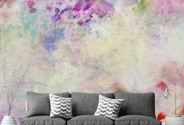 Abstrakcyjne motywy na tapecie nie wymagają dodatkowych ozdób, a jednocześnie tworzą doskonałe tło dla stylowych dodatków i dekoracji