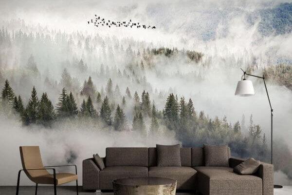 Nordycki spokój i piękno natury - to nasze skojarzenia z tą tapetą. Zamglone majestatyczne góry pięknie udekorują wnętrze w minimalistycznym stylu.