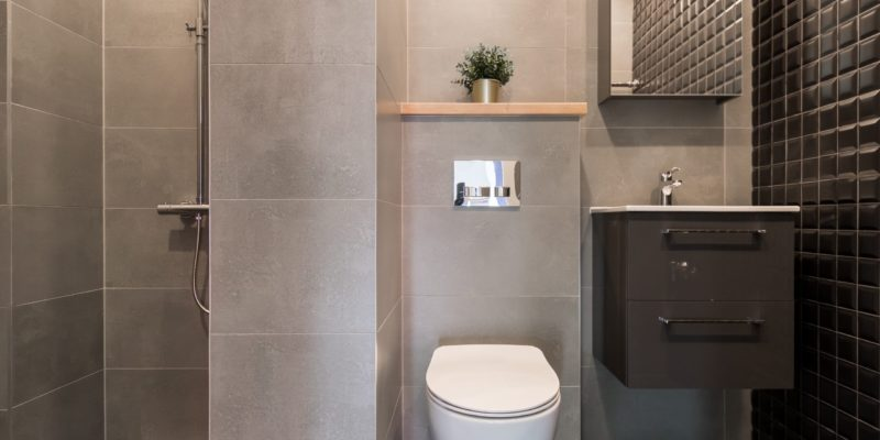 Prysznic bez osłony - to ryzykowna, choć bardzo estetyczna, decyzja