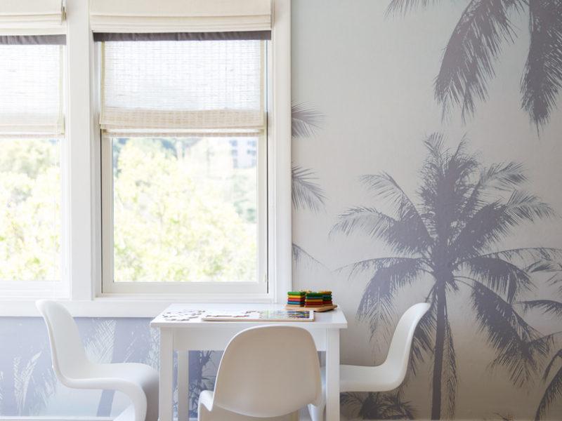 Tropikalna tapeta bez zieleni? Nie tylko oryginalna, ale i bardzo stylowa odsłona klasycznego liściastego motywu odmieni wnętrze nie do poznania.
