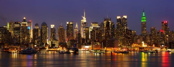 New York City skyline panorama midtown nocą,  USA
