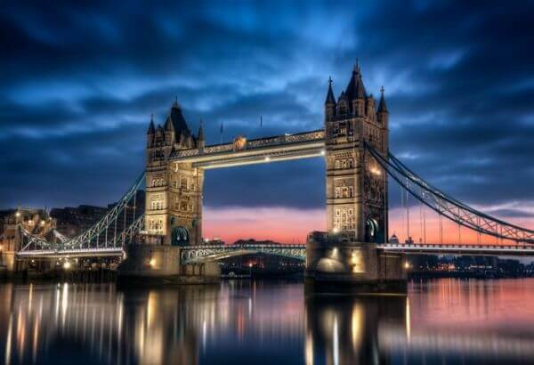 Tower Bridge Londyn Anglia